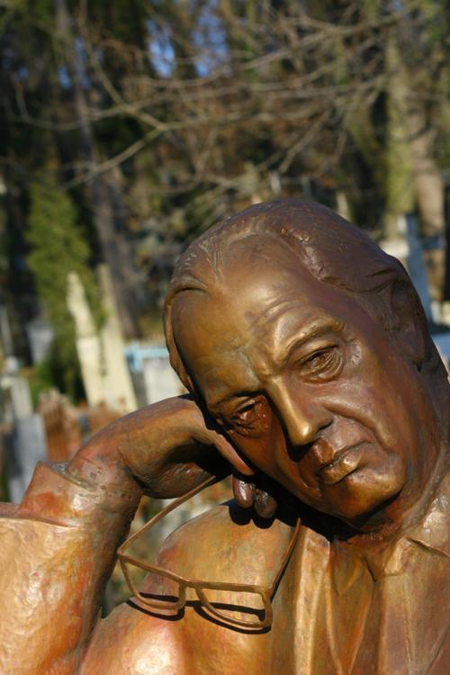 Ecrivain ukrainien, cimetière de Lviv